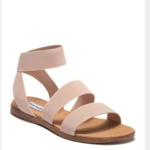 Steve Madden Raffy Flat Sandals